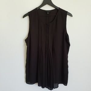 Investments Size L Black Sleeveless blouse